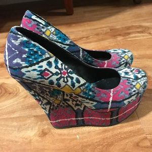 Steve Madden Limited Edition Wedges
